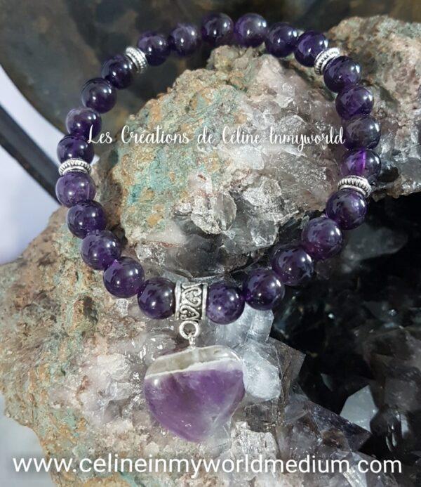 Bracelet Coeur en Améthyste foncée pour le chakra coronal