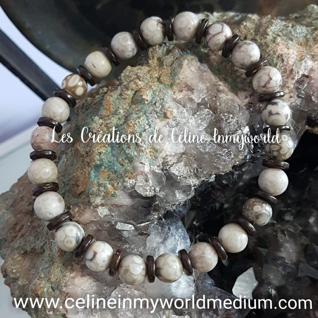 Bracelet pour l'ancrage en Bois pétrifié silicifié et noix de coco