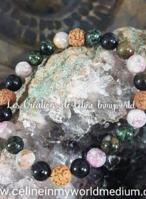 Bracelet en tourmaline polychrome et graines de Rudraksha pour la protection et l'ancrage