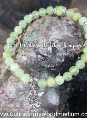 Bracelet porte-bonheur en jade avec trèfle à 4 feuilles