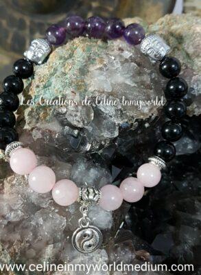 Bracelet pour la sérénité, l'intuition et favoriser le sommeil, en Améthyste foncée, Tourmaline noire, Quartz rose, Bouddha et Yin & Yang