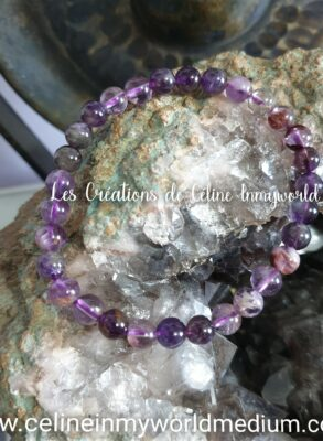 Bracelet pour les moments de stress intense, pour la tristesse et la détresse émotionnelle, en Améthyste à inclusions de Goethite