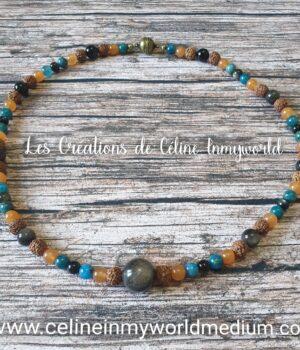 Collier de grande protection énergétique, pour la motivation et la sérénité, en Obsidienne argentée, Appatite bleue, Aventurine orange et Graines de Rudraksha. Avec fermoir magnétique