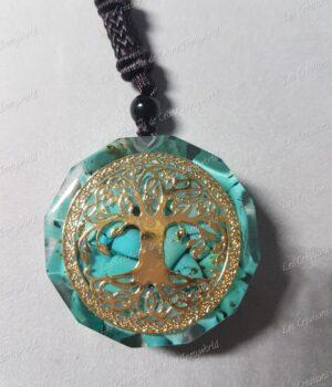 Pendentif Orgonite octogonal avec arbre de vie en Turquoise recto